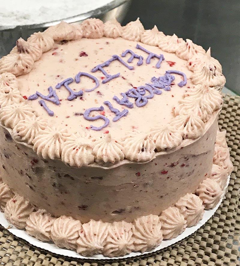 Carinas 2019-08 Cake