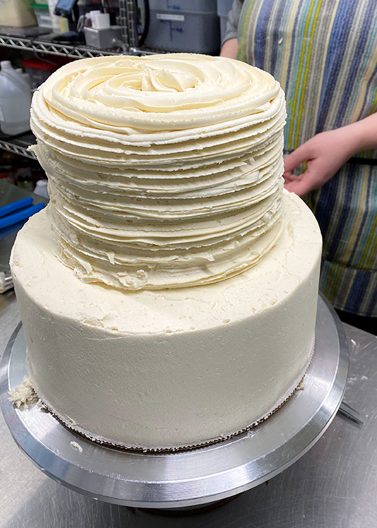 Cake Decorating Carina's Bakery