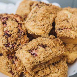Vegan Lingonberry Coffee Cakes